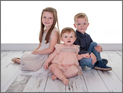 Lovely, Relaxed and Casual Childrens Portrait Shoot